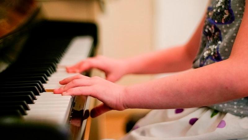 Diez Beneficios De La Música En Las Niñas Y Los Niños